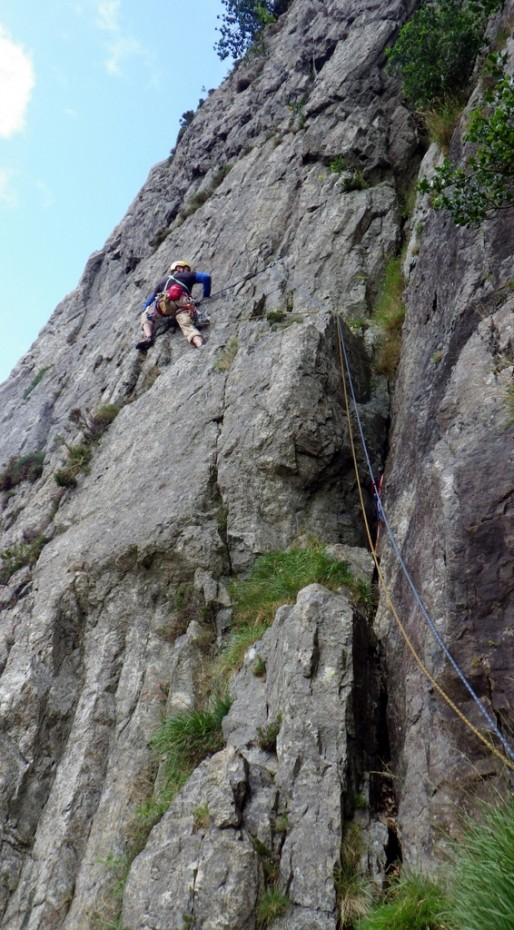 Duncan on the first pitch of Crackstone Rib in Llanberis Pass