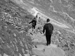 Coming down the Pyg track, this is where the knees started to hurt!