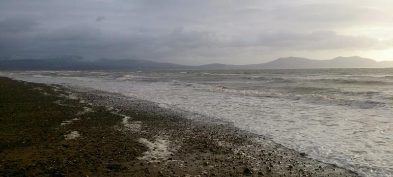 Anglesey coastal Path: Beautiful views across Snowdonia
