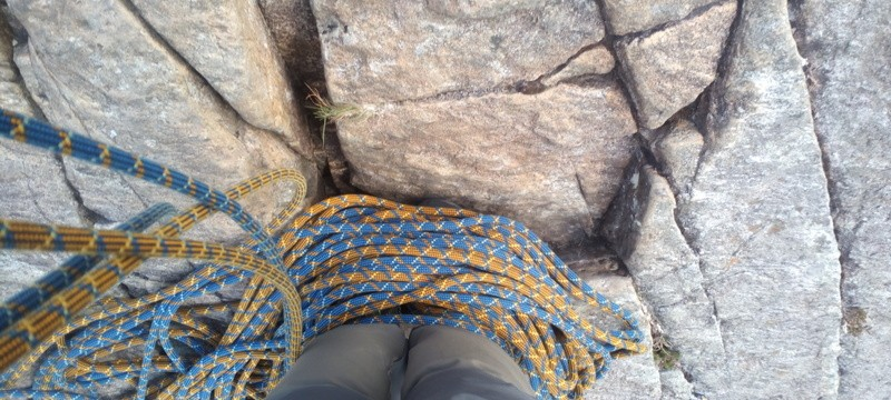 Teaching Multi-pitch rock climbing Placing gear Placing your ropes around your feet is a handy way of keeping the rope out of the way