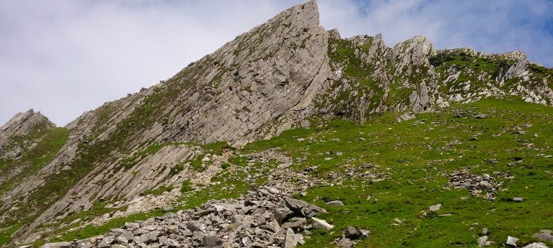 Rock Scrambling on the exposed and exciting ridge