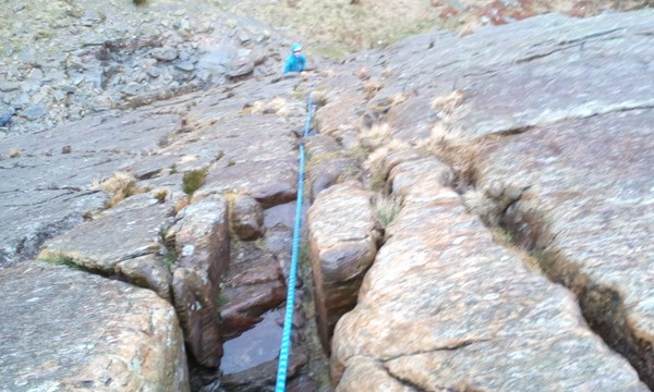 Rock scrambling in Snowdonia Full pitching it on steep serious ground. You need good rope techniques to handle this type of ground