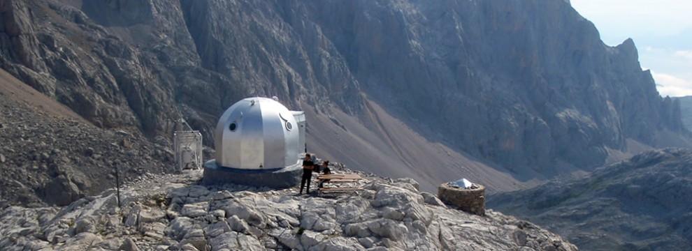 Cabaña Verónica, Macizo Central de Picos de Europa, Spain