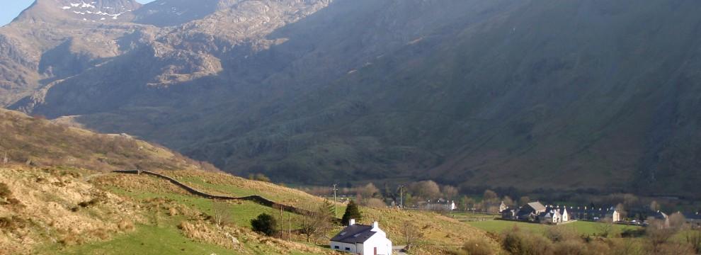Descent into Nant Peris - Llanberis Pass