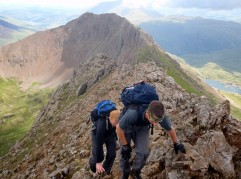 Approaching the summit of Garnedd Ugain (Crib y Ddysgl)