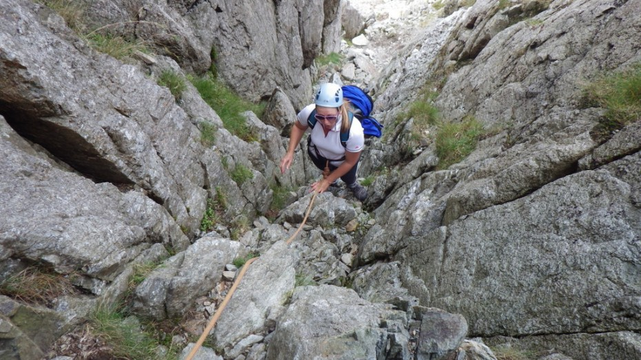 Ruth Climbing the gully on Bristly Ridge