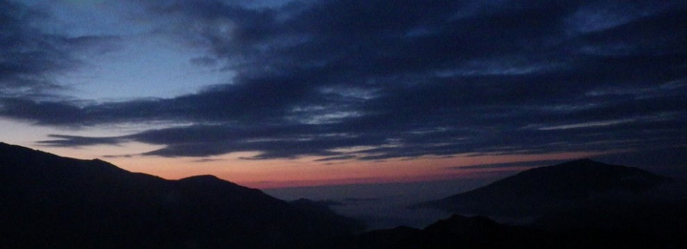 The view from Crib Goch in Snowdonia with a temperature inversion