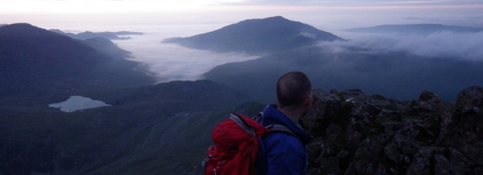The beautiful sunrise across Snowdonia