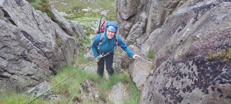 Descending Nor Nor groove on the east face of Tryfan. Abseiling near the bottom of Nor Nor Groove