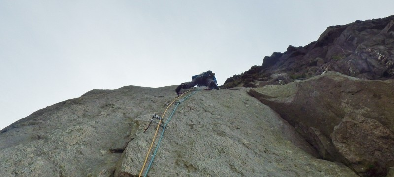 Just got to the top of the finger crack on the Chain E2