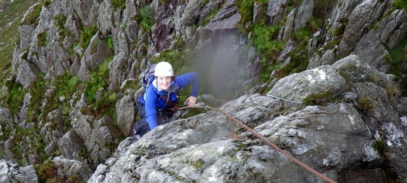 Rock scrambling in Snowdonia on Bastow Buttress variant